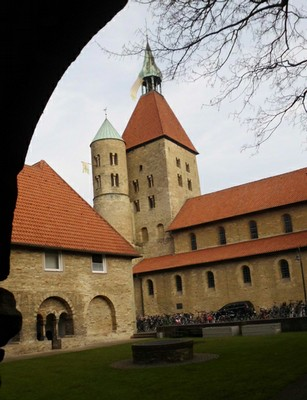 Freckenhorst-Stiftskirche-kl.jpg